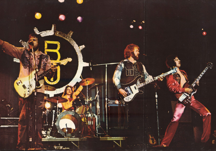 Bachman-Turner-overdrive_1974_Not-fragile_3
