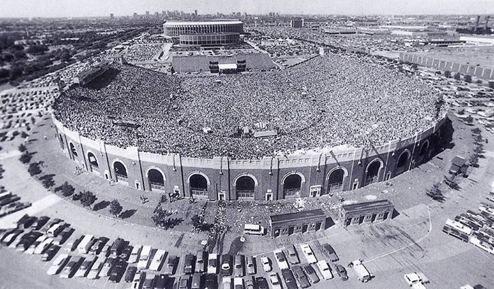 YES JFK Stadium in Philadelphia on 12 June 1976