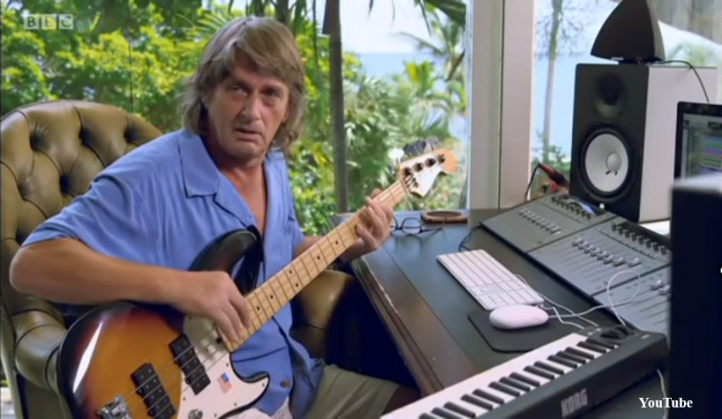 """Tubular Bells: The Mike Oldfield Story""<br>Listopad – 2013."