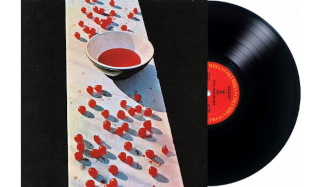 """Paul McCartney – """"McCartney""""<br>Travanj – 1970."""